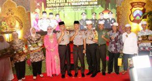 """foto safari ramadhan 143"""" h polda jatim di mapolres gresik"""